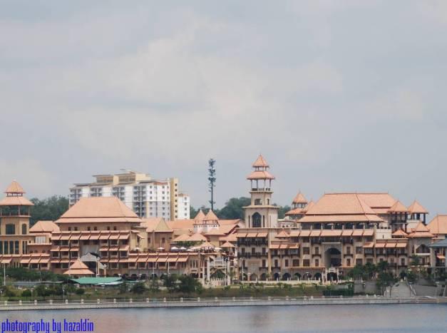 Putrajaya  Lake [ Water Sports Complex, Precint 6, Putrajaya, Malaysia ]